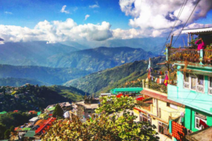 Winter Vacation in Darjeeling – Feel the Nature on Your Cheeks